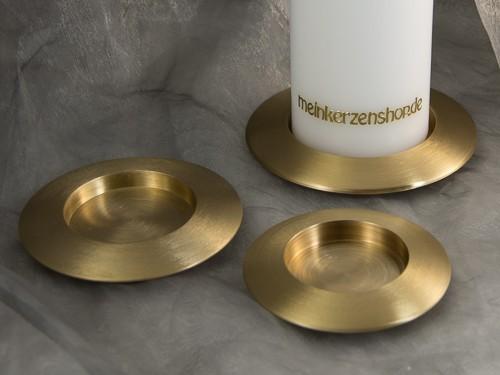 kerzenteller kerzenst nder kerzenhalter f r hochzeitskerze taufkerze gold 16638 kerzenteller und. Black Bedroom Furniture Sets. Home Design Ideas